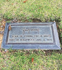 Fritz Lang Grave.JPG