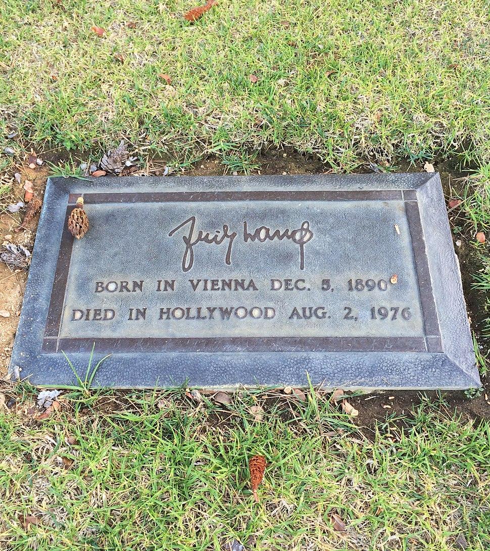 Fritz Lang Grave