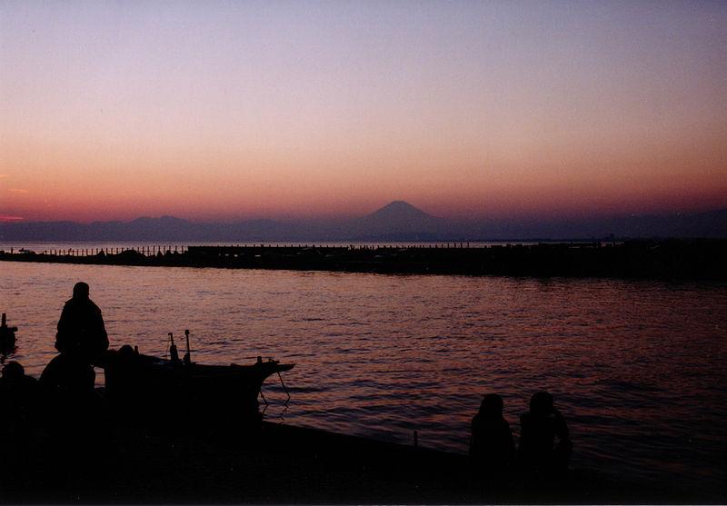 File:Fujisanfromenoshima.jpg