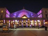 Gare de l'Est purple.jpg