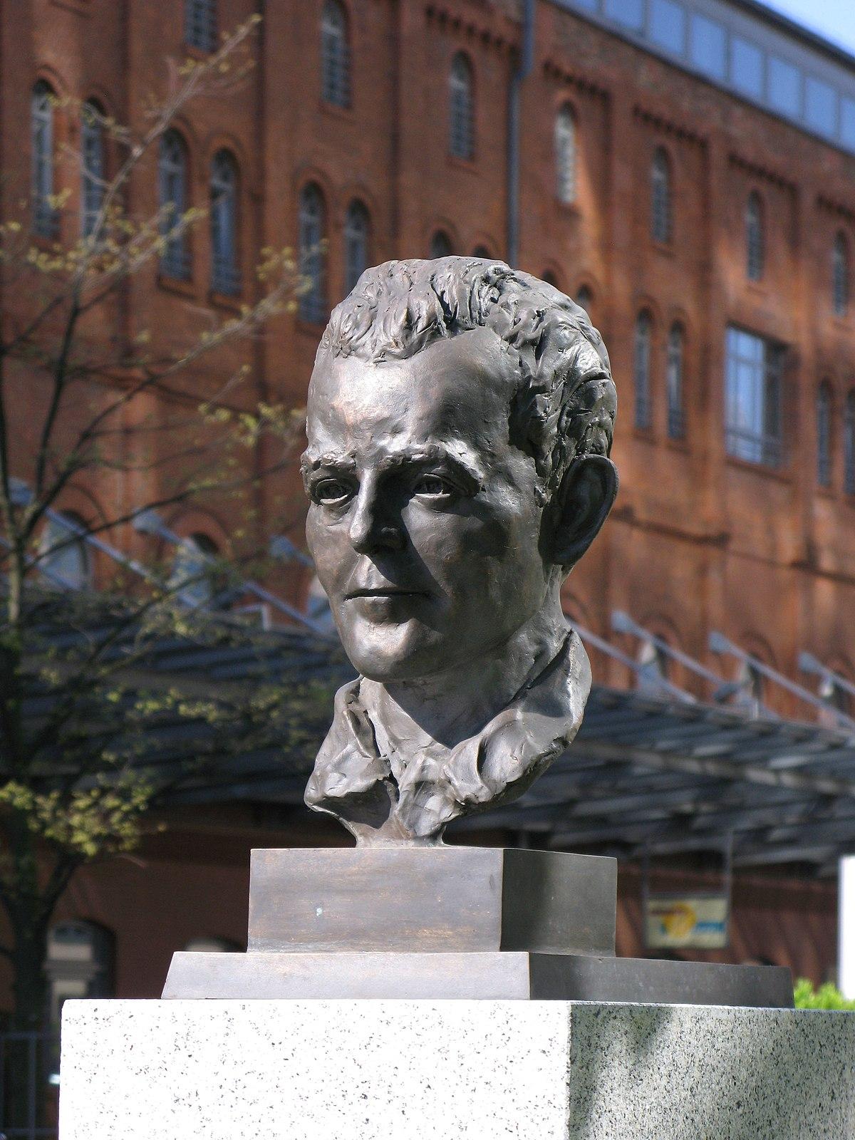 Ludwig Mies van der Rohe Wikipdia Mies : dfinition de Mies et synonymes de Mies (franais)