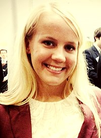 Gold medalist Mallory Weggemann at the 2012 Social Innovation Summit.jpg