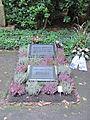 Grabstätte Hans Albers 2.jpg