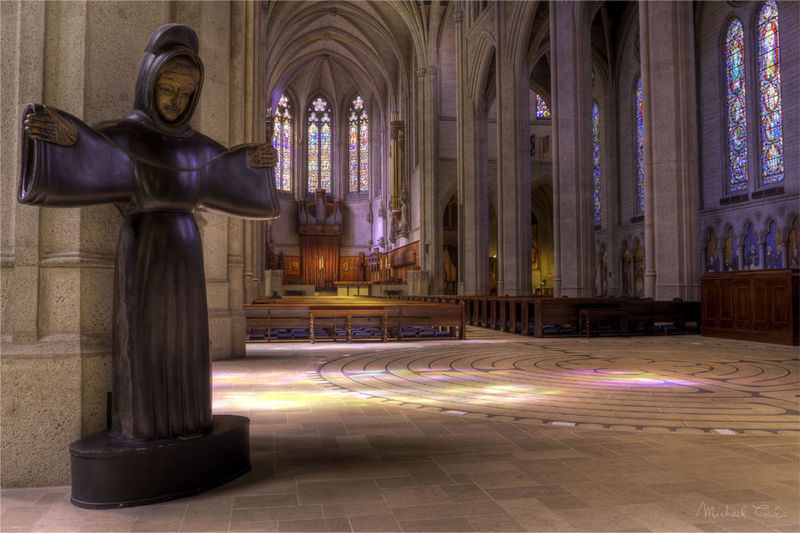 File:Grace Cathedral (5124228608).jpg