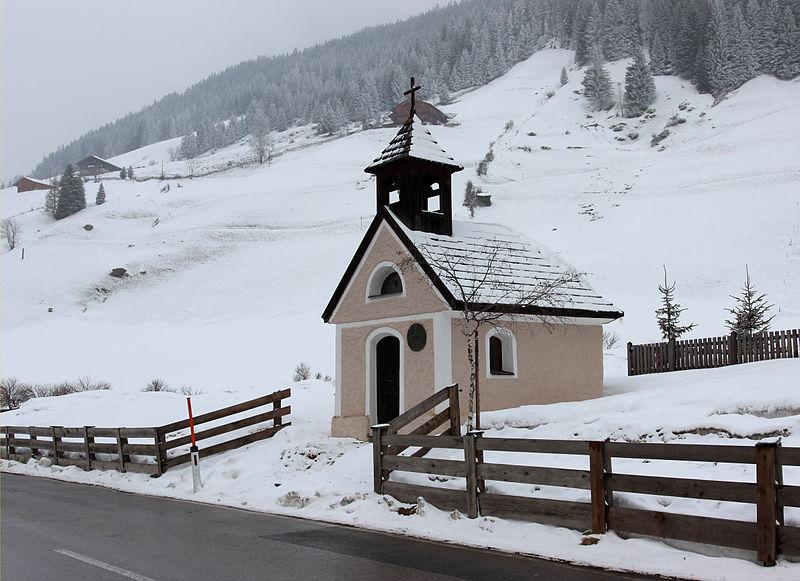 File:Grafer-Kapelle Innervillgraten crop.jpg