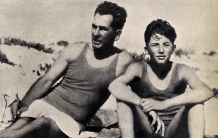 Peck (right) with his father c. 1930 Gregory Peck with father.png
