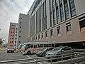HK King's Park 伊利沙伯醫院 Queen Elizabeth Hospital outdoor carpark Jan-2014.JPG