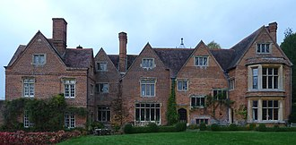 Toad Hall (The Wind in the Willows) - Image: Hardwick House 2013 10 27 East side