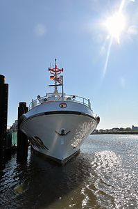 Hermann Helms (ship, 1985) 2012 05-by-RaBoe 16.jpg