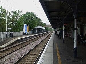 Highams Park railway station - Image: Highams Park stn northbound