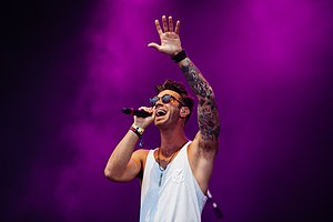 American Authors - Singer Barnett at Highfield Festival 2014