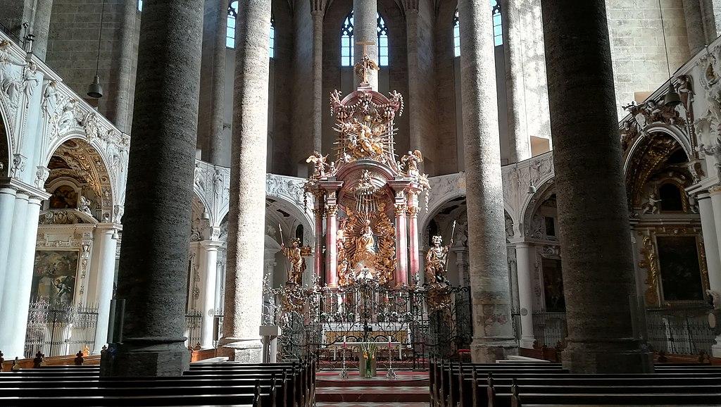 Hochaltar Franziskanerkirche Salzburg
