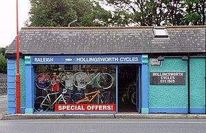 Templeogue - Image: Hollingsworth Cycles in Templeogue