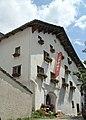 Hotel Weiss Kreuz Eingang.jpg