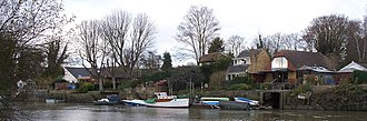 Eel Pie Island - Image: Housing on Eel Pie Island 3