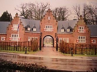 Doorn - Gatehouse of castle Doorn