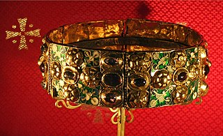 Iron Crown of Lombardy reliquary and royal insignia