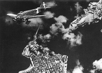 Siege of Malta (World War II) - Italian bombing of the Grand Harbor