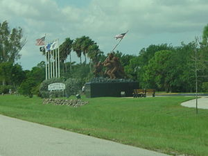 Midpoint Memorial Bridge - Image: Iwo Jima replica