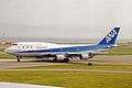 JA8099 B747-481D All Nippon KIX 19MAY03 (8397017753).jpg