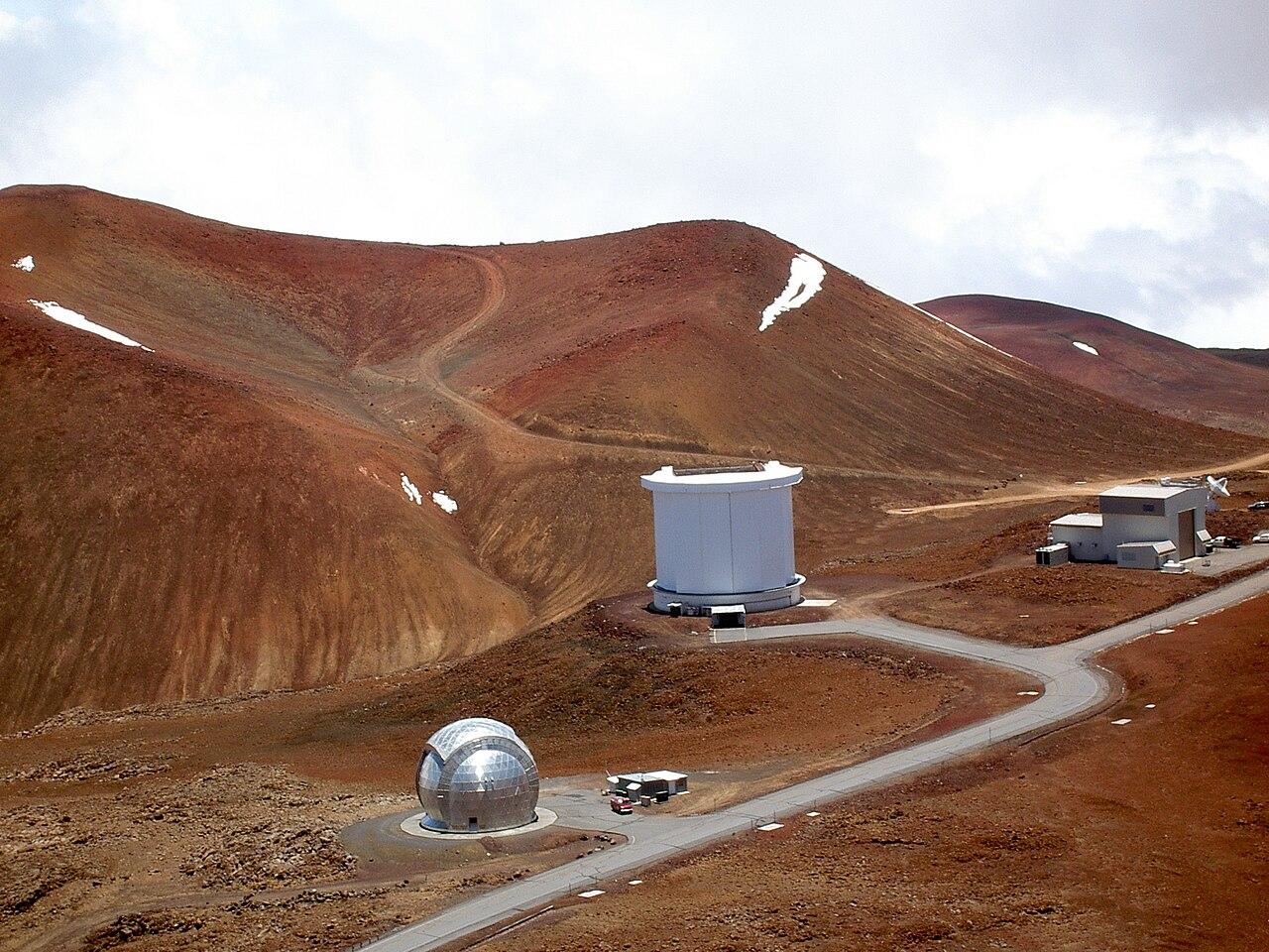 JCMT on Mauna Kea, vida en venus