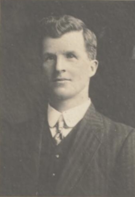 Scullin following his election as MP in 1910. JamesScullin1910.png