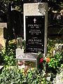 Jan Pivec hrob.jpg