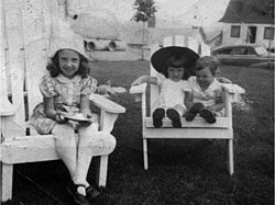 Jane Anna and Kate McGarrigle in Ste-Adele 1948.jpg