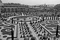 Jardin du château de Versailles en France.jpg