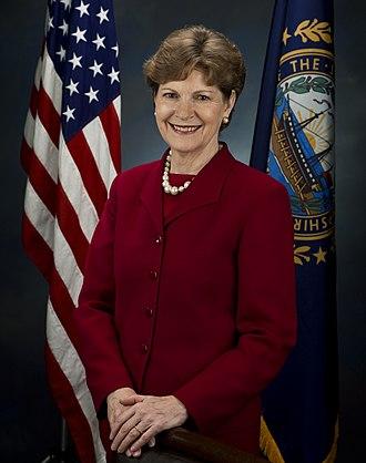 Jeanne Shaheen - Image: Jeanne Shaheen, official Senate photo portrait, 2009