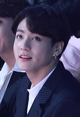 Jeon Jung-kook at BBMAs, 1 May 2019 02.jpg