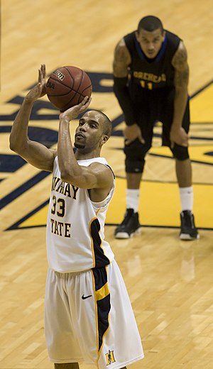 2010–11 Murray State Racers men's basketball team - Jewuan Long takes a foul shot.