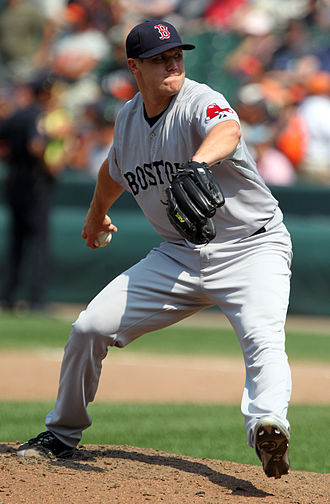 Major League Baseball Reliever of the Year Award - Image: Jonathan Papelbon vs Orioles July 2011