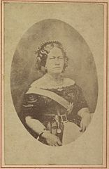 Kalama, Hawaii album, p. 3, portraits of the Hawaiian royal family.jpg