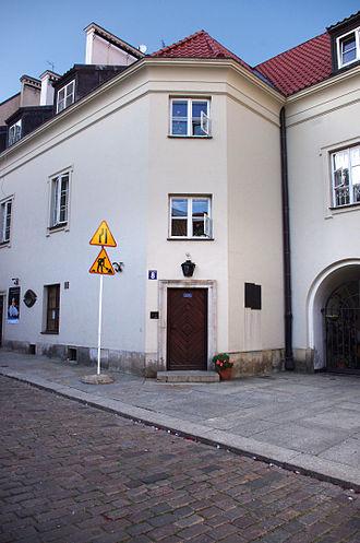 Edmund Osmańczyk - Osmańczyk's house in Warsaw.