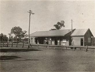 Kelmscott railway station - Kelmscott station in October 1920