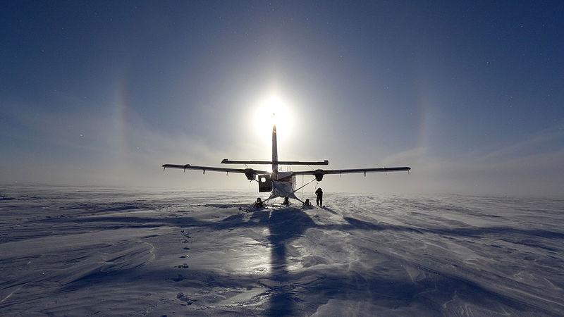 KenBorek airplane at Dye3.jpg