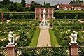 Kenilworth Castle Gardens (9785).jpg