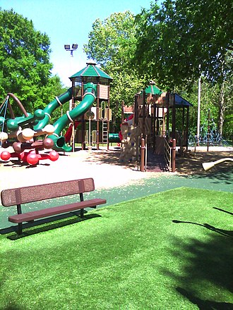 Old Fort Park and Golf Course - Image: Kids Castle 1
