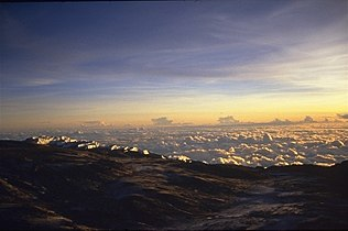 Kilimanjaro sunrise at GillmanPoint(3).jpg