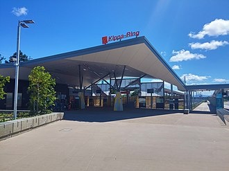 Kippa-Ring railway station - Station entrance in January 2017