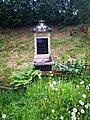 Klášterská Lhota, hrob rodiny Koschtial.jpg