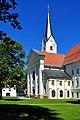 Klagenfurt Viktring Stiftskirche SW-Ansicht 01092009 67.jpg