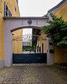 Kleintroisdorf - Oberembter Straße 31 Kapitelshof mit Bilderstock I.jpg