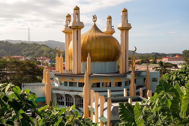 Kota Belud Mosque going solar in the state of Sabah, Malaysia. Credit: Wikipedia commons