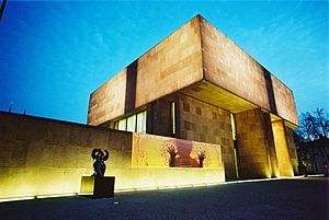 Kunsthalle Bielefeld - Kunsthalle Bielefeld by night.