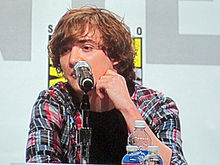 Kyle Gallner at WonderCon 2010 3.JPG