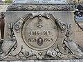 L1428 - Monuments aux ports dans le cimetière de Flins-sur-Seine.jpg