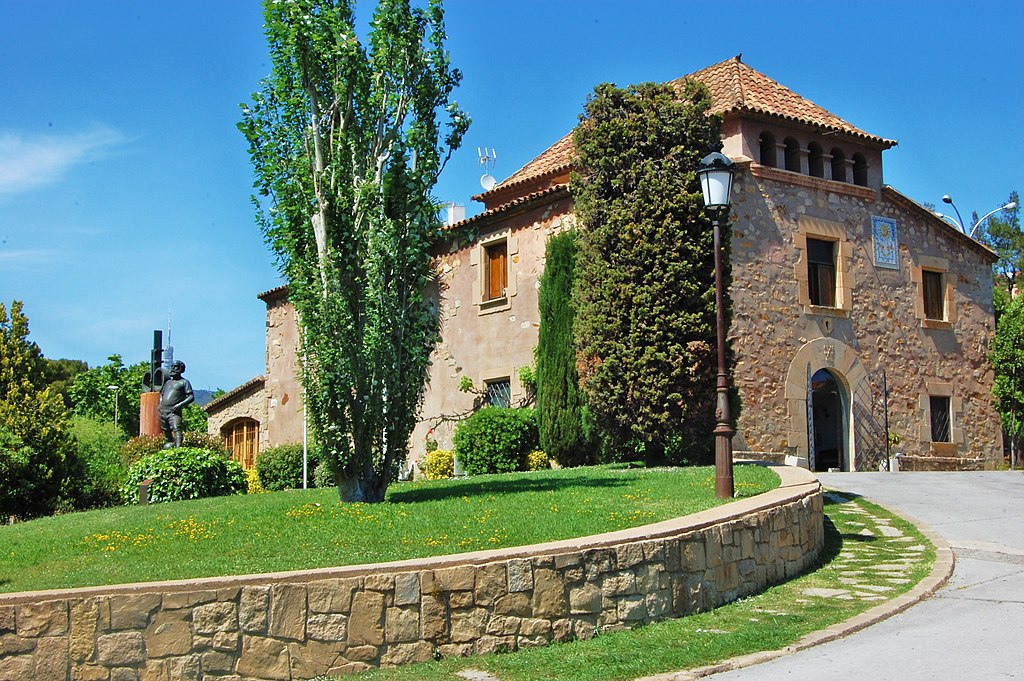 La Masia A Farm House Built In 1702 It Used 1979 By The Club To Espagne