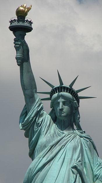 English: Statue of LIberty Español: Estatua de...